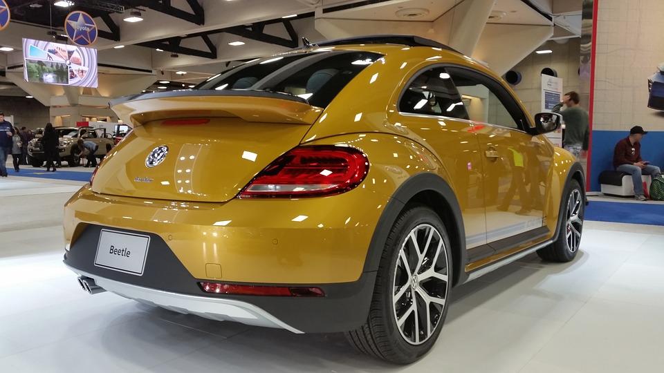 Car-Beetle-Showroom-Classic-Vehicle-Volkswagen-1548082.jpg