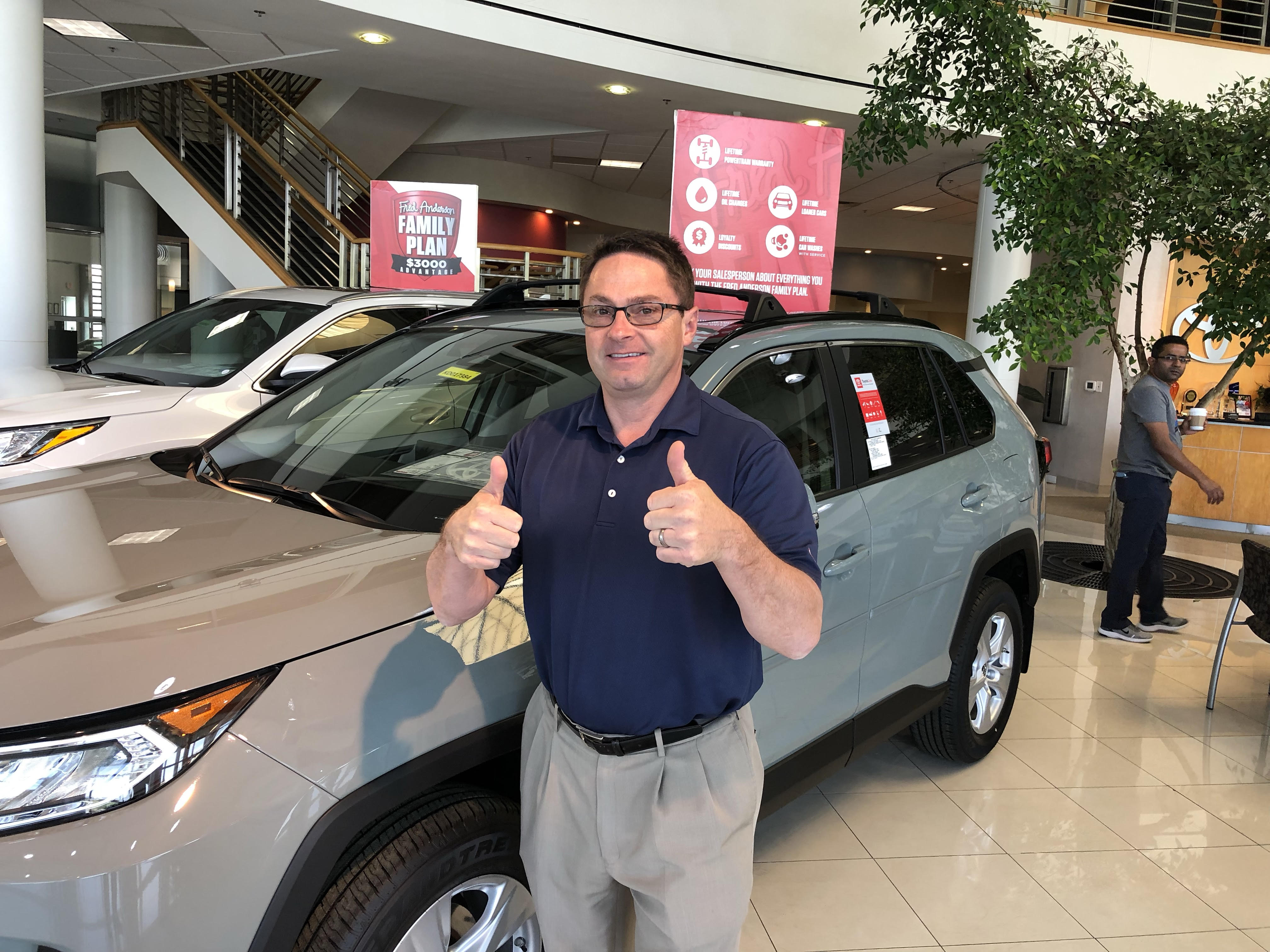 Toyota Jeff giving two thumbs up
