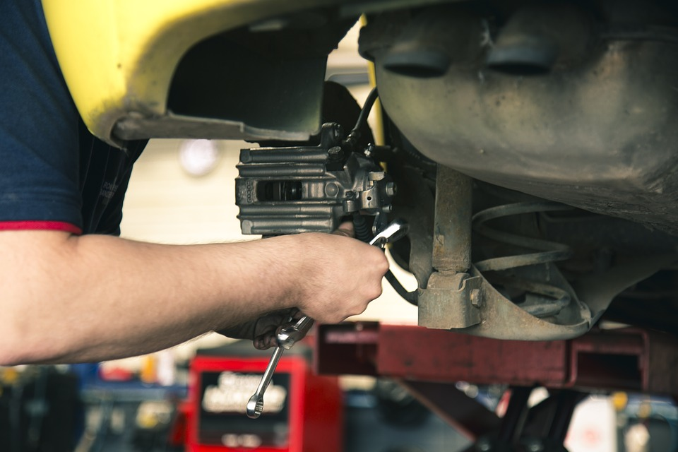 mechanic-1696914_960_720.jpg