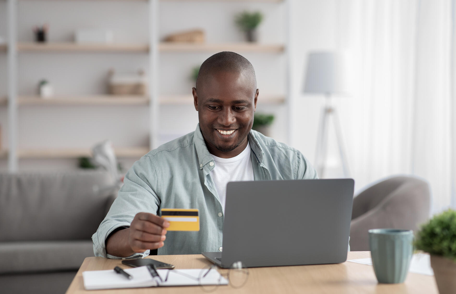 ordering-services-online-buying-and-paying-with-mo-FP9WBGM